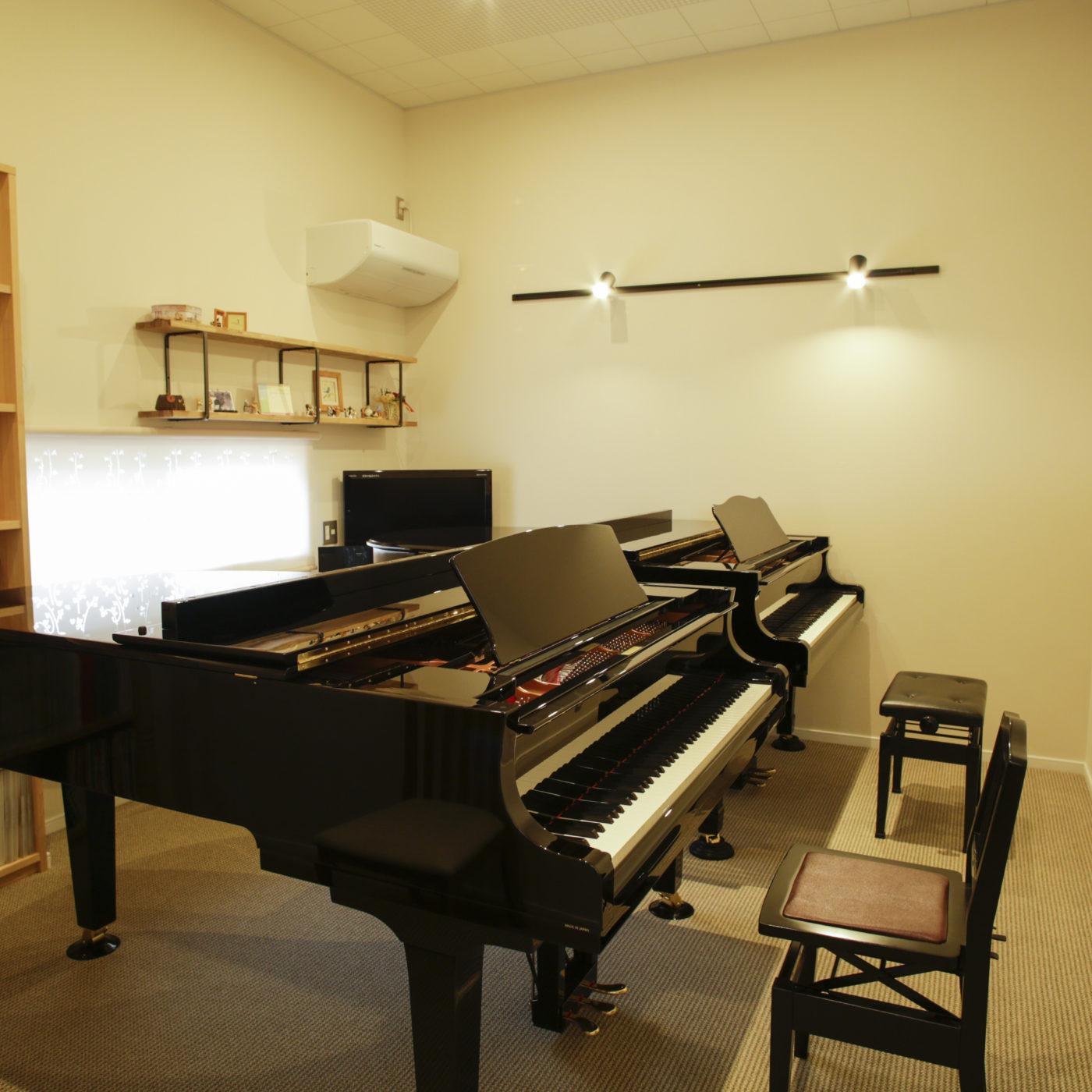 ピアノ教室の家